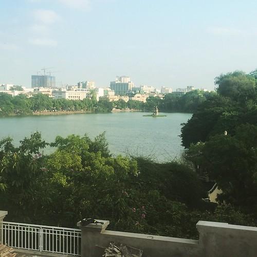 ハノイ 憩いの場 ホエンキム湖#ハノイ#ベトナム