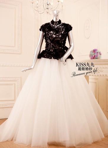 拍照婚紗和宴客禮服怎麼選?讓高雄kiss99婚紗告訴你:拍攝用禮服 (16)
