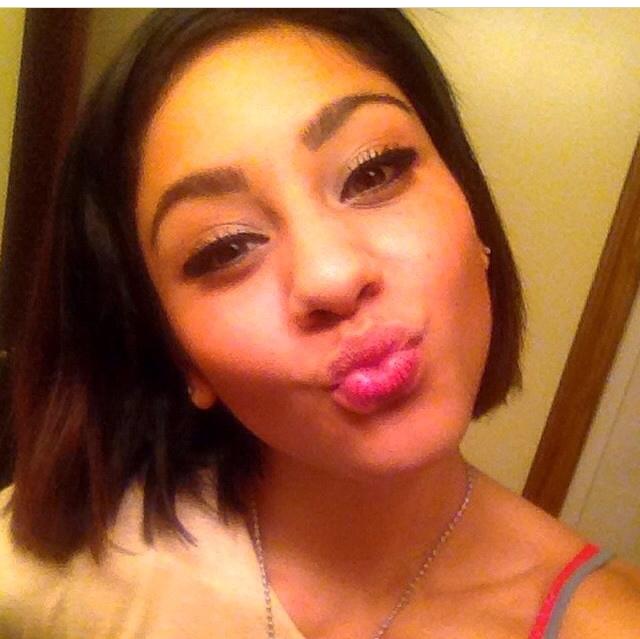 selfie Latina girl