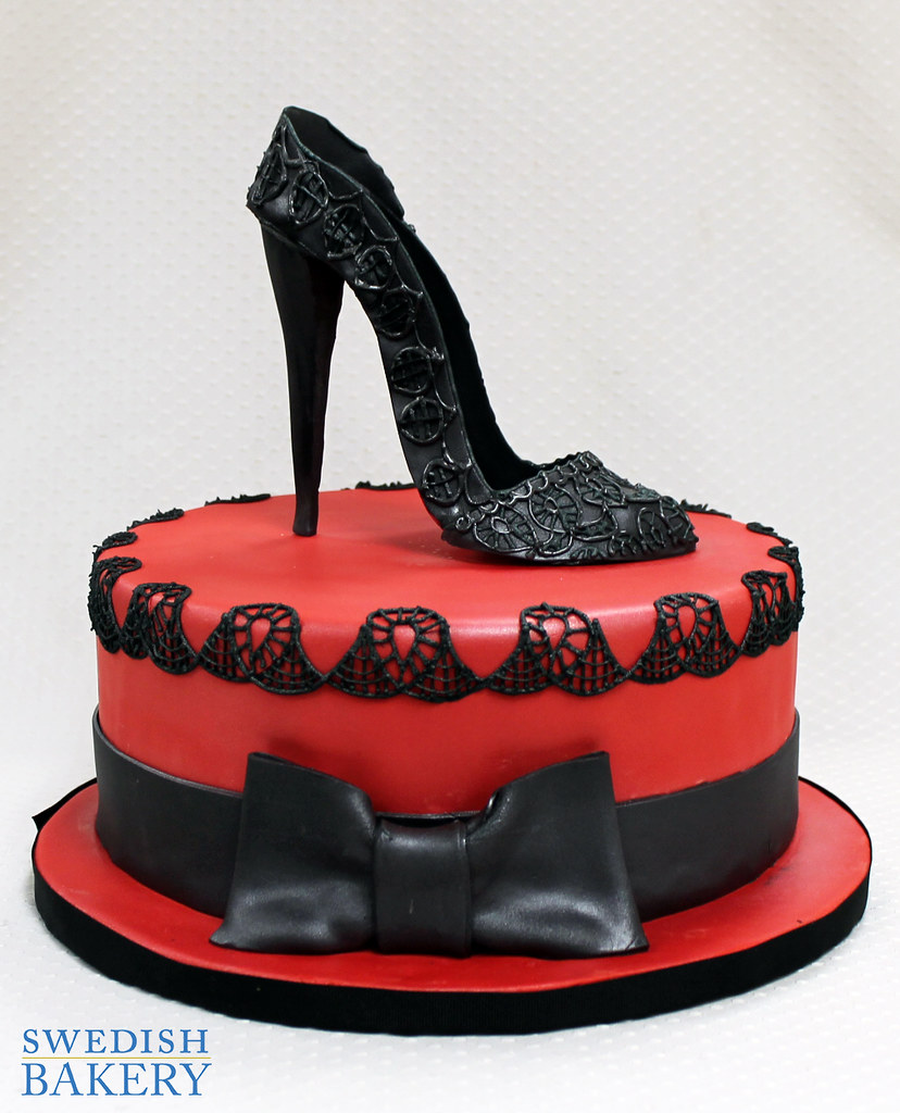 Lacework With Close Toe High Heel Singe Tier Red Fondant Flickr