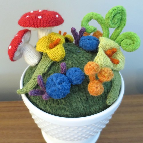 just crafty enough � project knit fantasy garden