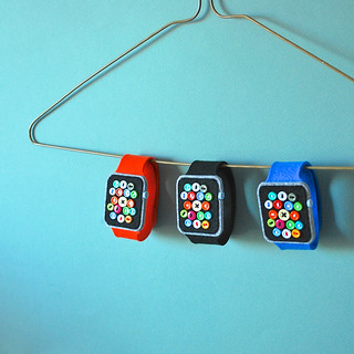 Super Low-Tech Apple Watches