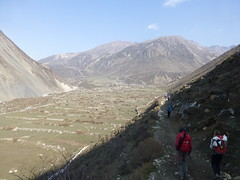 Into Samdo Valley