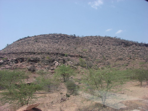 A mountain view in Karauli, Rajasthan