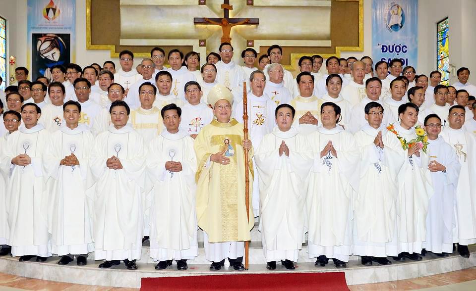 Tỉnh Dòng Đaminh Việt Nam: Thánh Lễ Trao Tác Vụ Linh Mục – 2016