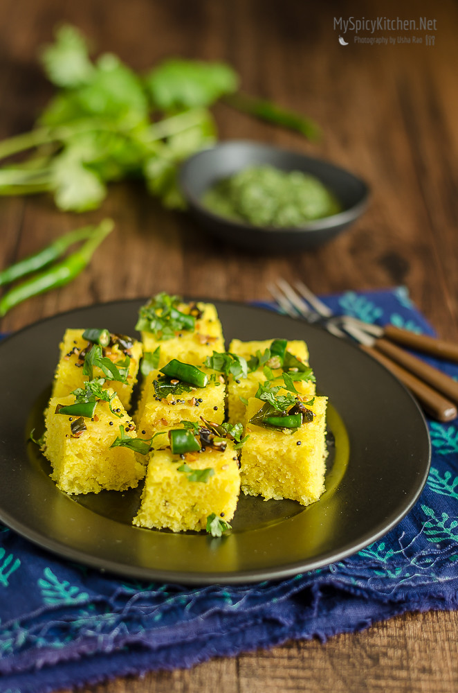 Blogging Marathon, Cooking Carnival, Protein Rich Food, Cooking With Protein Rich Ingredients, Cooking With Moong Dal, Moong Dal, Pesrau Pappu, Recipes with Moong, Recipes with Pesaru Pappu, Green Gram,  Indian Food, Gujarati Food,  Gujarati Cuisine, Dhokla, Moong Dal Dhokla, Steamed Savory Cake,