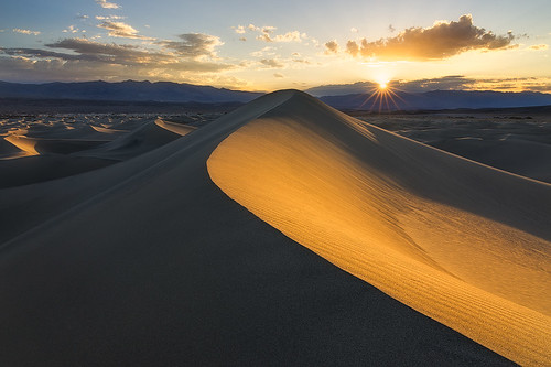 Star Dune | Star Dune is the tallest sand dune in Mesquite ...