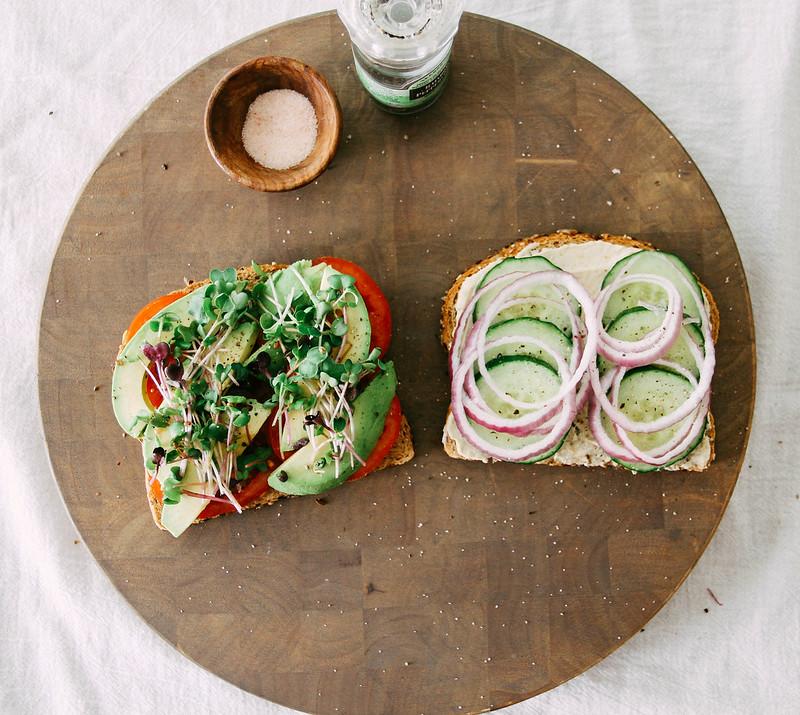 FAVORITE SUMMER SANDWICH - THE SIMPLE VEGANISTA