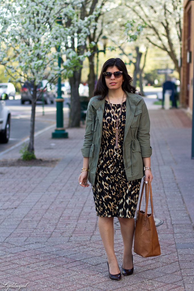 leopard dress, utility jacket, brown leather tote.jpg