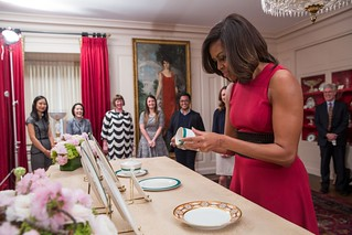 Michelle Obama inspects new china 2015 | by Tim Evanson
