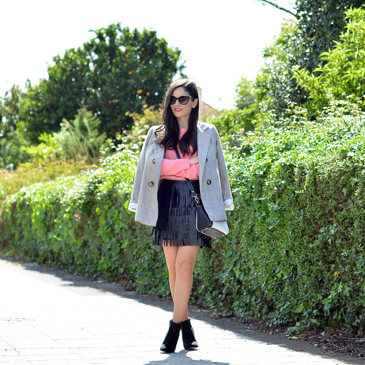 Zara_ootd_outfit_pullandbear_coral_fringes_pepemoll_01