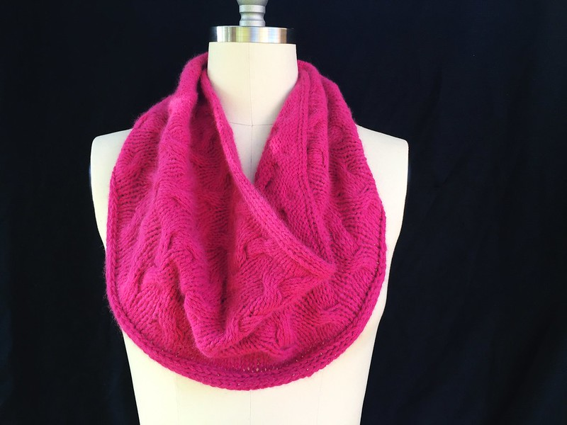 Raspberry Grove Cowl