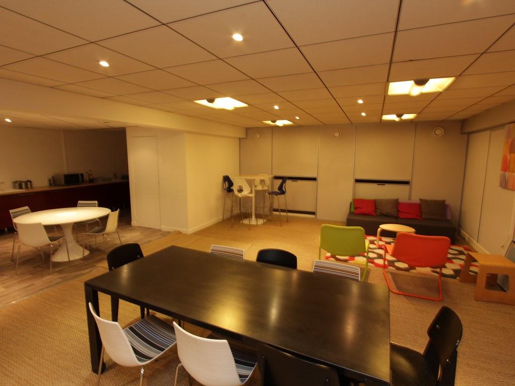 Cuisine et bureaux à partager le centre d affaires collabou flickr