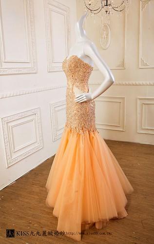 拍照婚紗和宴客禮服怎麼選?讓高雄kiss99婚紗告訴你:宴客用禮服 (14)