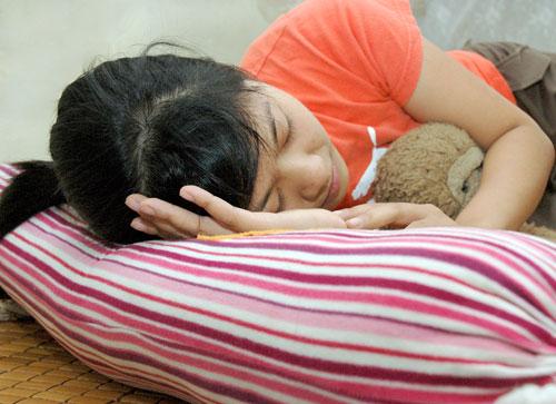 Làm thế nào để khi ngủ không bị bóng đè?