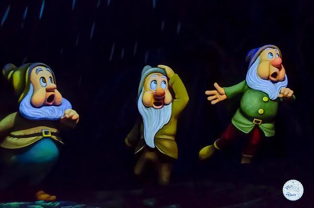 Dwarfs are afraid