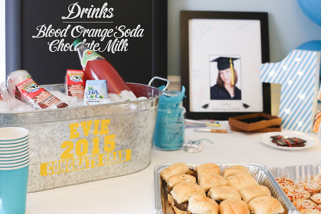 graduation party table with steel tub full of drinks, deco… | Flickr