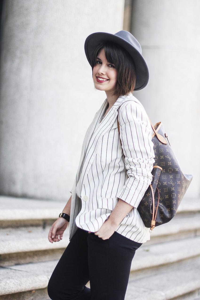 chaqueta-americana-ralph-lauren-rayas-traje-look-myblueberrynightsblog