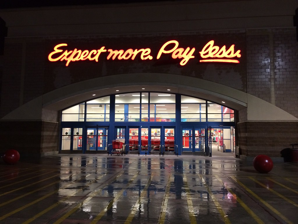 Target Expect More Pay Less | Mike Kalasnik | Flickr