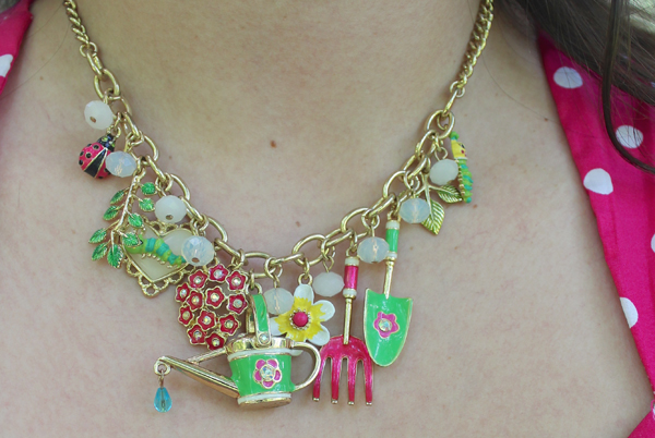 Betsey johnson garden necklace