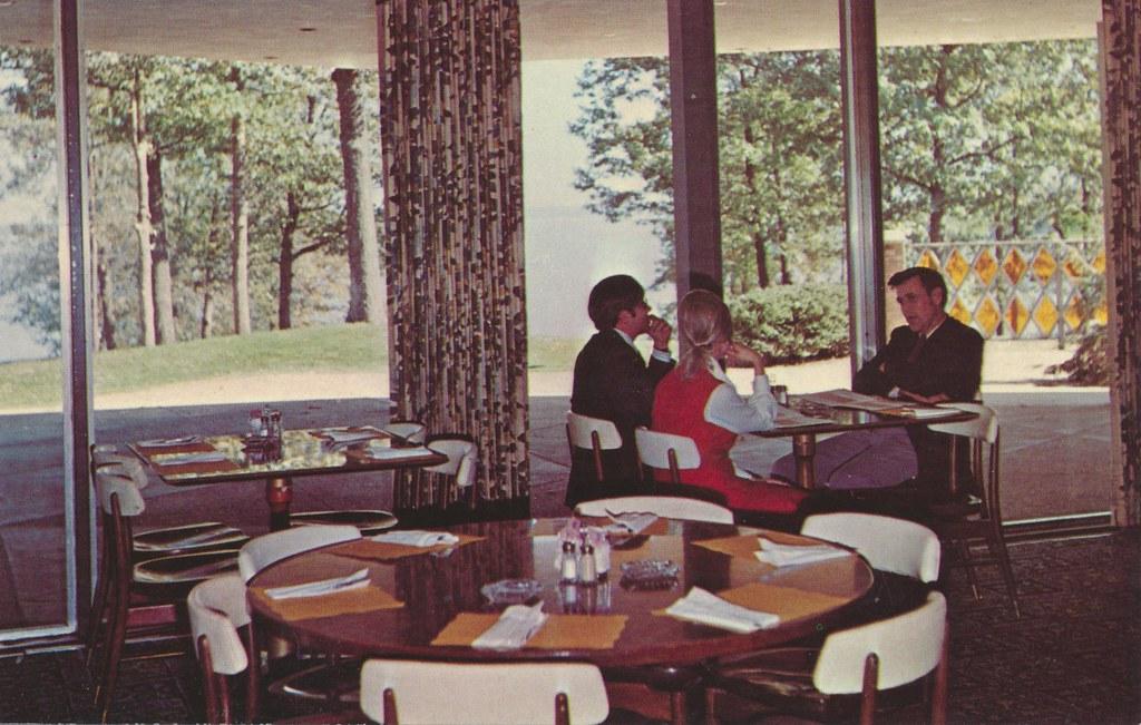 Kentucky Dam Village State Resort Park Village Inn - Gilbertsville, Kentucky