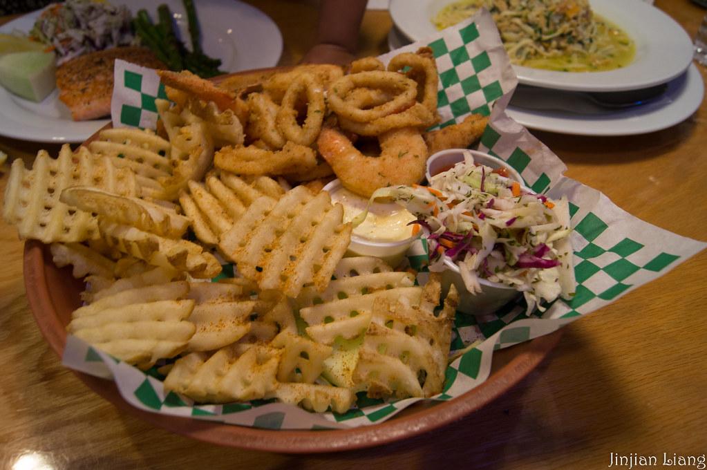Tin fish combos tin fish restaurant jinjian liang flickr for Tin fish restaurant
