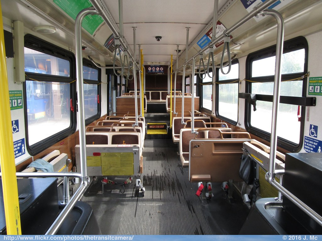 Milwaukee County Transit System 4320 Interior Operated