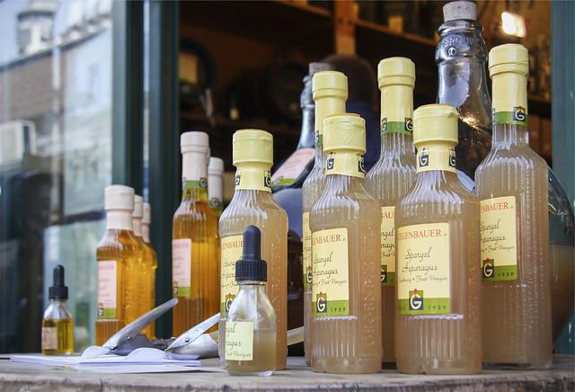 Gegenbauer vinegar at Naschmarkt, Vienna