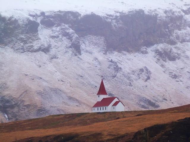 Iglesia en Vík (Islandia)