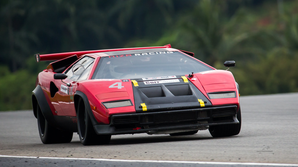 image gallery lamborghini countach racing. Black Bedroom Furniture Sets. Home Design Ideas