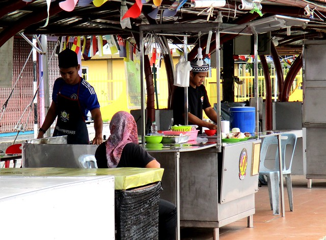 Roti canai stall at Bandong Walk