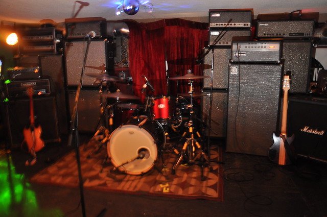 Amplification at House of Targ