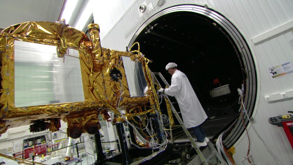 Jason-3 in the Clean Room | The Jason-3 satellite undergoes … | Flickr