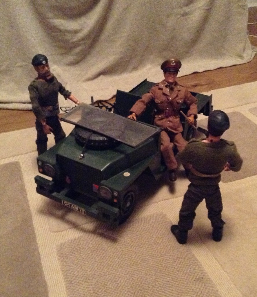 Action Man British Army Officer In Landrover Giving Orders Vintage 1970s