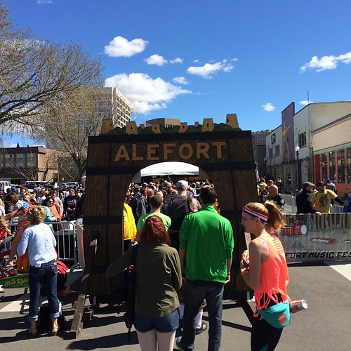 Clearly this is the place to be in Boise today! @alefortfest sun is shining and the crowd is ready for BEER! (and Cider of course) | by idahobrewreview