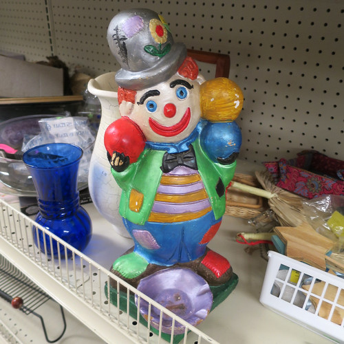 clown ashtray