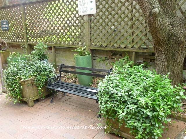Cotton Exchange 8 bench