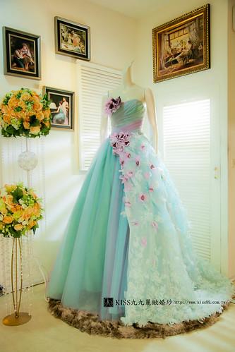 拍照婚紗和宴客禮服怎麼選?讓高雄kiss99婚紗告訴你:宴客用禮服 (17)