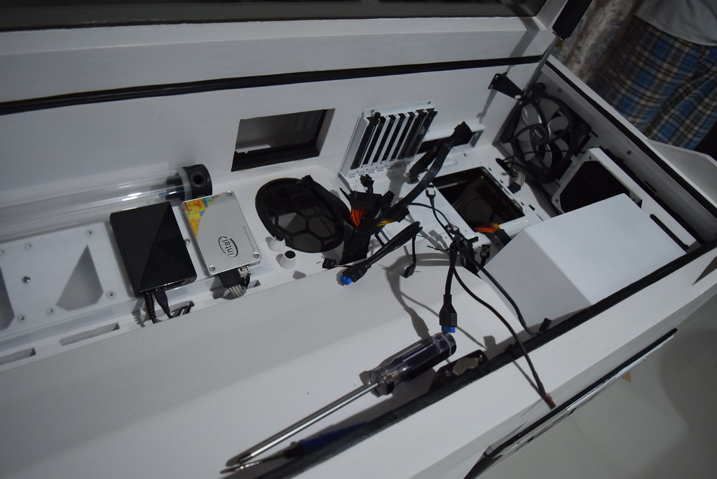 ... NZXT JARIES PC DESK MOD WORKBLOG | By Rick Jason VIllaflor