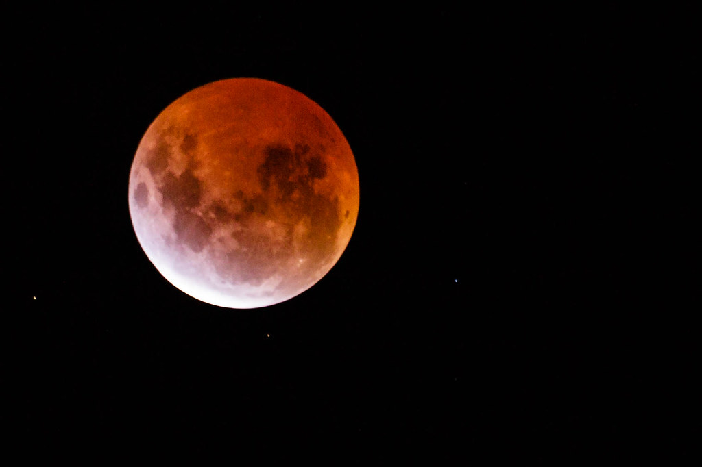 red moon 2018 melbourne - photo #2
