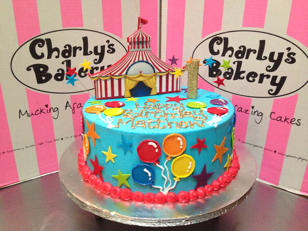 ... Circus themed 1st birthday cake with 2D edible mounted photo poster of circus tent u0026 gold & Circus themed 1st birthday cake with 2D edible mounted phou2026 | Flickr