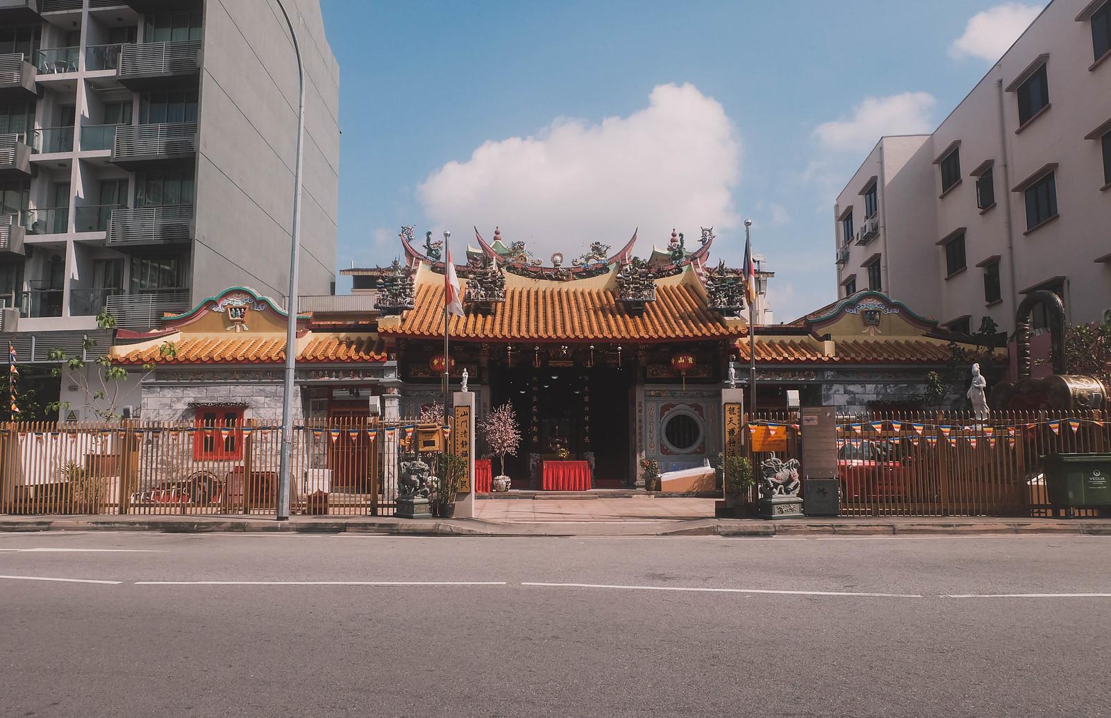 leong san temple farrer park singapore