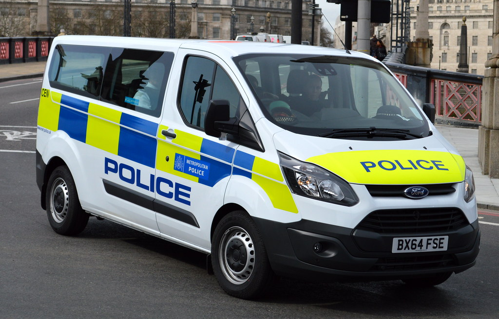 Metropolitan Police Ford Transit Officer Carrier Cen