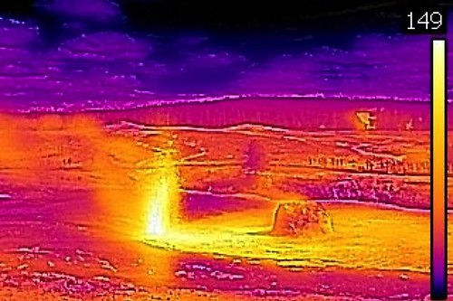 Thermal image of Beehive's Indicator Geyser eruption (4:45-5:07 PM, 3 June 2016) | by James St. John