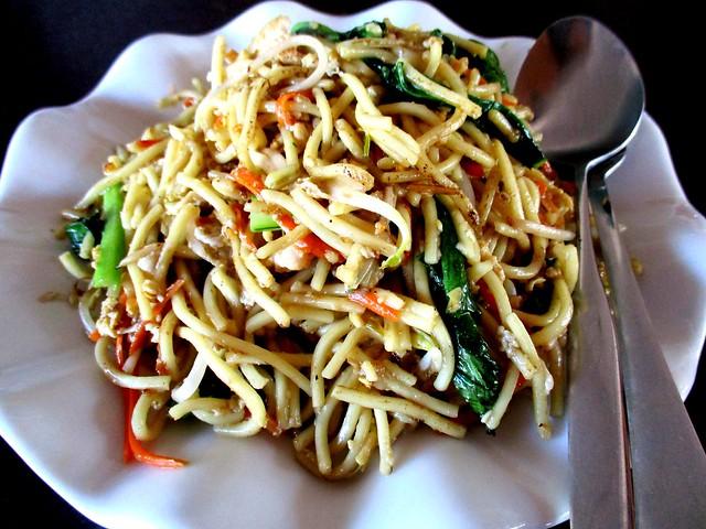 Flavours fried noodles