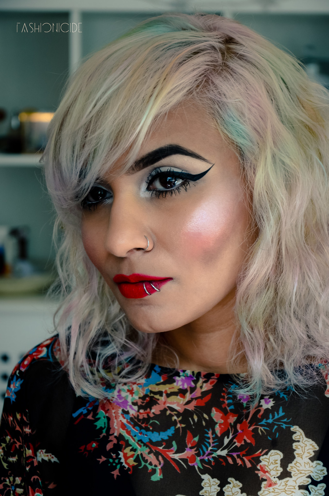 Illamasqua Hydra Veil Gel Box Lipstick Review 3