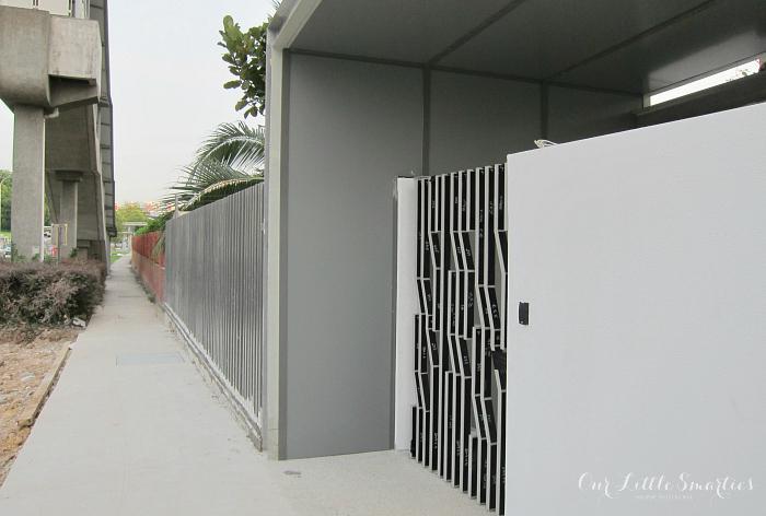 Side Entrance (Opp Maris Stella)