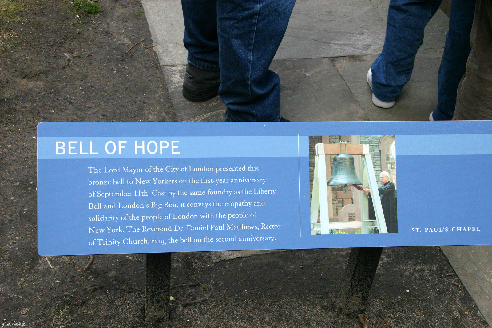 Saint Paul's Chapel church bell of hope explanation text plate plaque monument memorial 9/11 september 11th 2001 spring april 2007 world trade center wtc ground zero
