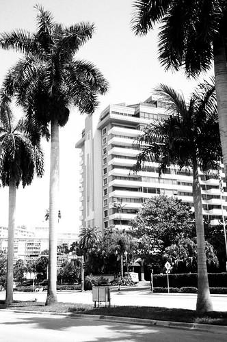 Miami Mid Beach Shuttle