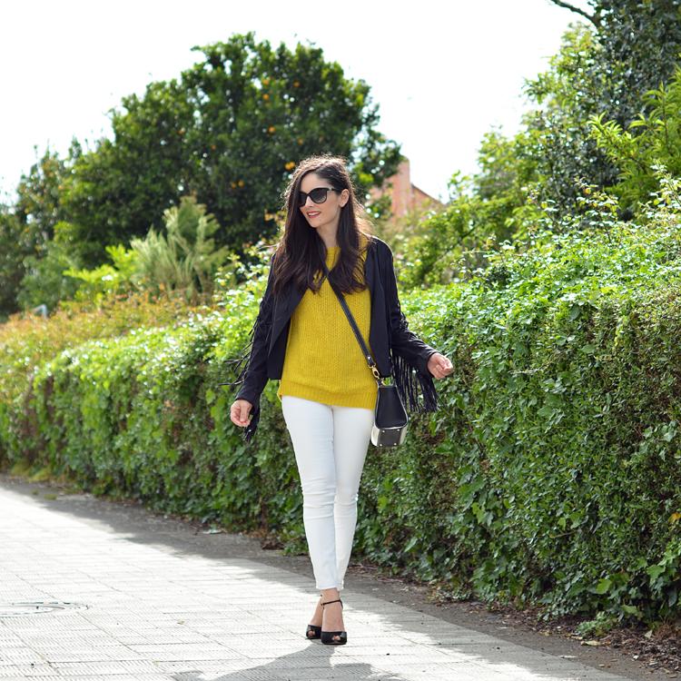 zara_amarillo_blanco_jeans_fringe_como_combinar_sheinside_04